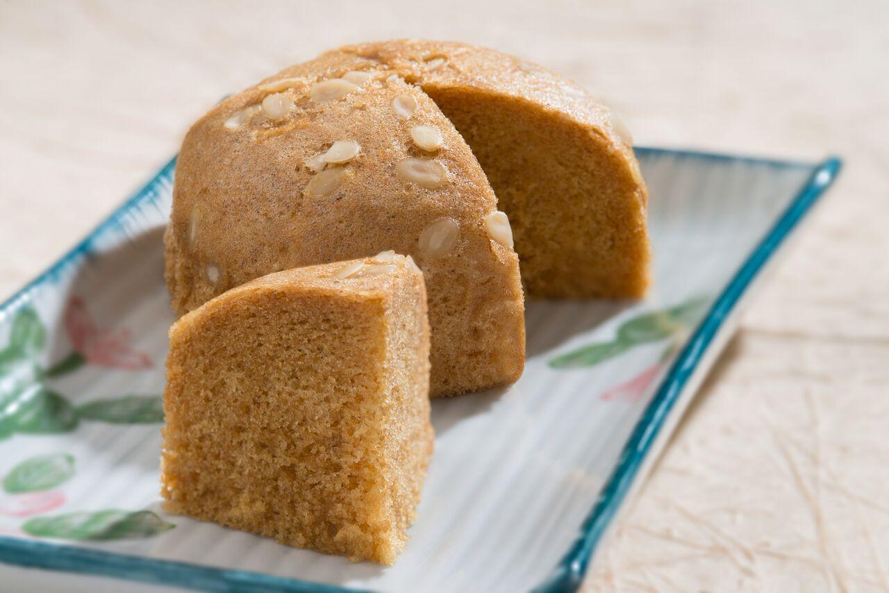 Malaysian Style Steamed Sponge Cake