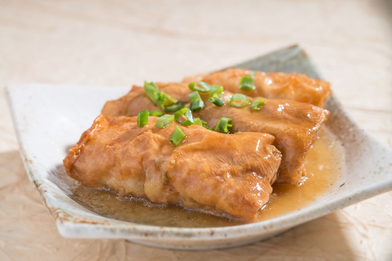 Steamed Beancurd Skin with Abalone Sauce